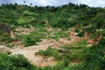 Gold mining in the eastern Congo